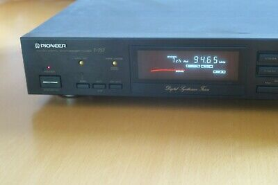 Synthesizer Tuner F-757 • 40€